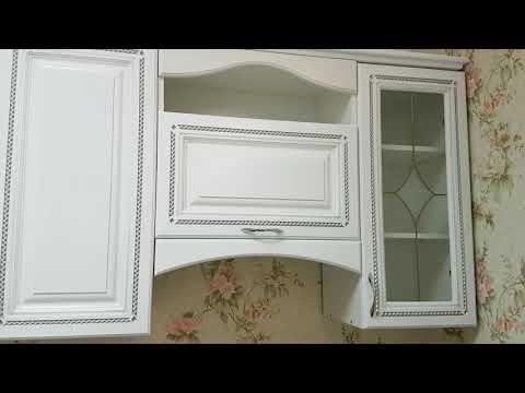 Кухня белая эмаль с патиной серебро