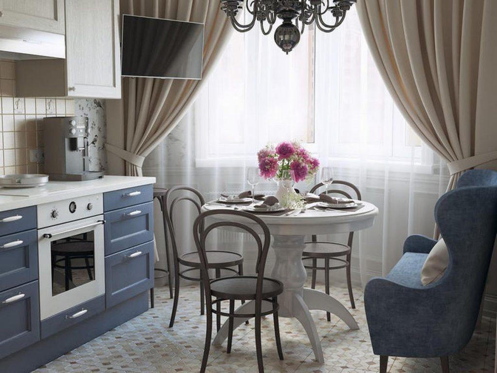 Современные занавески на синей кухне