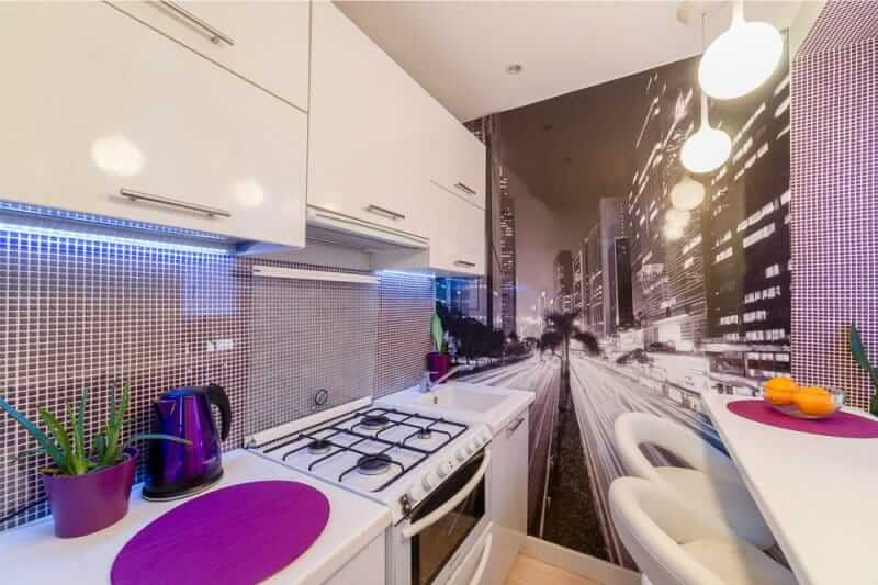 Фотообои город на кухню