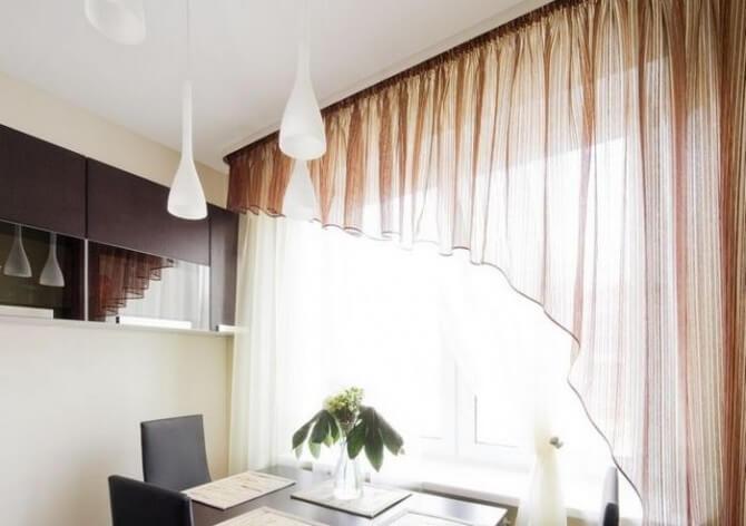Многослойные шторы на кухне