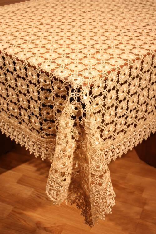 кружевная скатерть на стол
