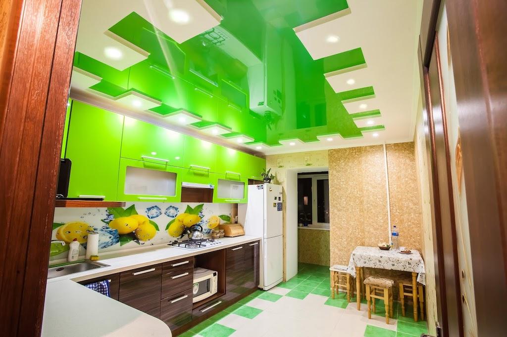 какие потолки делают на кухне фото когда