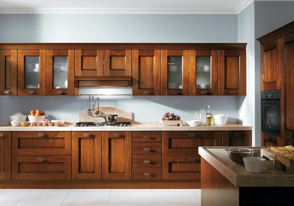 Деревянный гарнитур для кухни