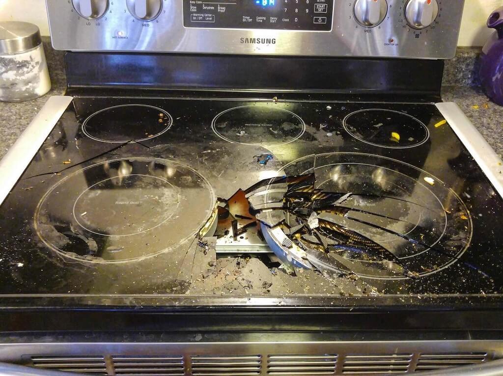 Как очистить стеклокерамическую плиту от старого нагара?